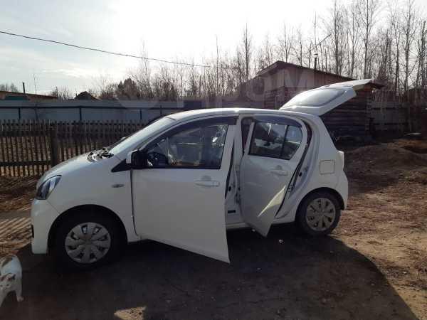 Toyota Pixis Epoch, 2014 год, 370 000 руб.