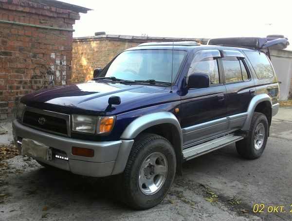 Toyota Hilux Surf, 1996 год, 590 000 руб.
