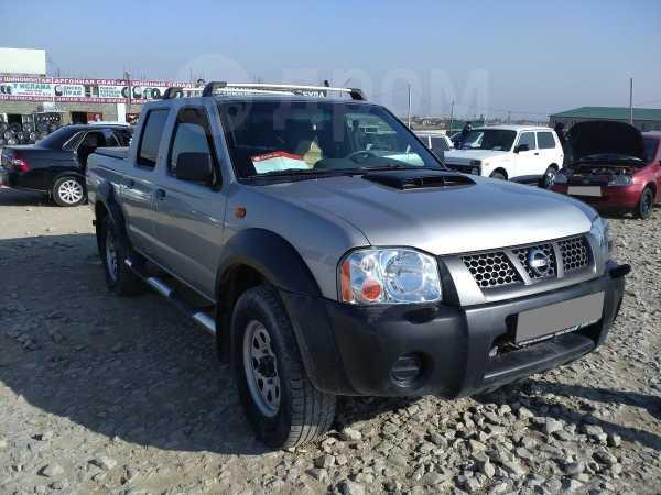 Nissan NP300, 2012 год, 620 000 руб.