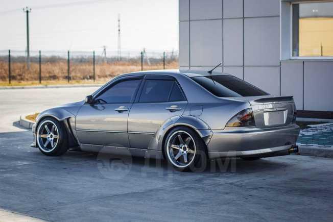 Toyota Altezza, 1999 год, 780 000 руб.