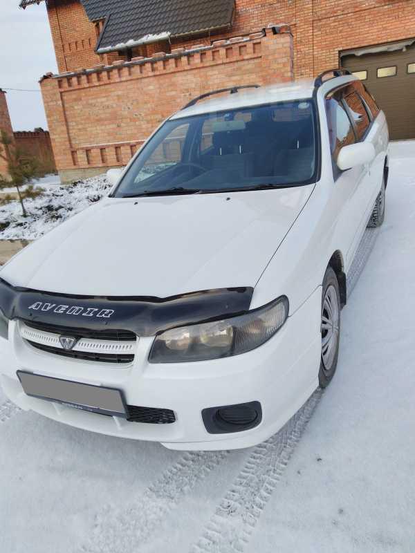 Nissan Avenir, 2002 год, 230 000 руб.