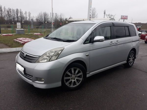 Toyota Isis, 2007 год, 570 000 руб.