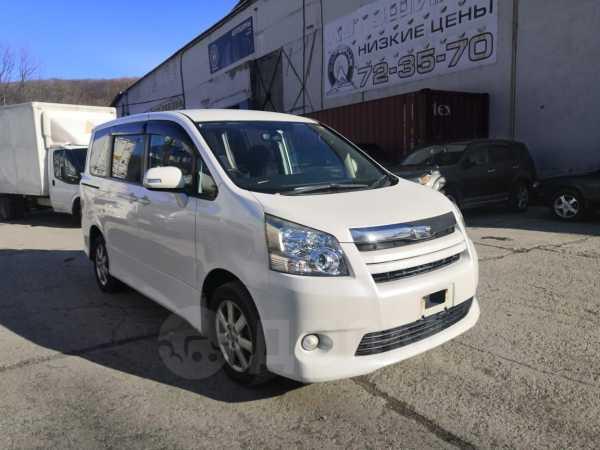Toyota Noah, 2009 год, 310 000 руб.