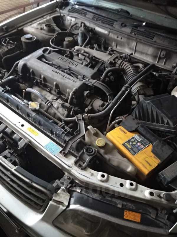 Nissan Avenir Salut, 1999 год, 150 000 руб.