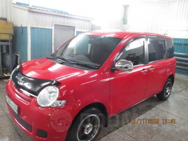 Toyota Sienta, 2011 год, 600 000 руб.