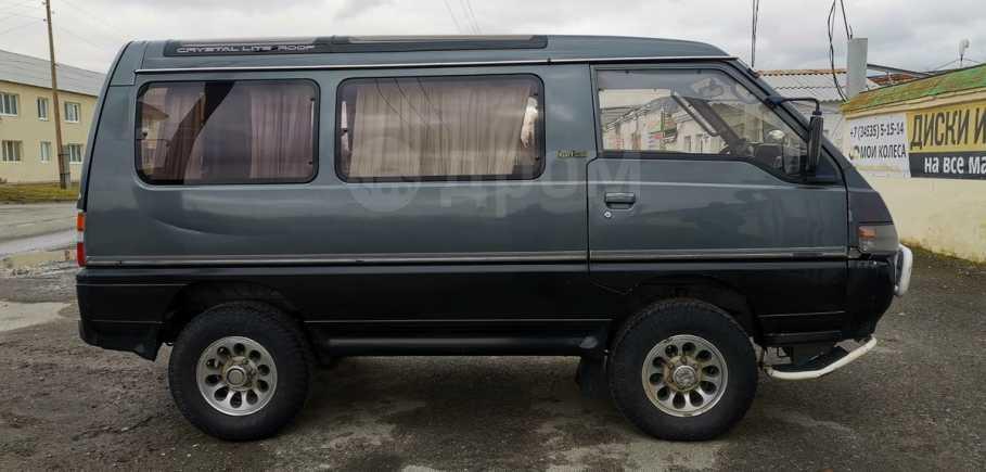 Mitsubishi Delica, 1991 год, 375 000 руб.