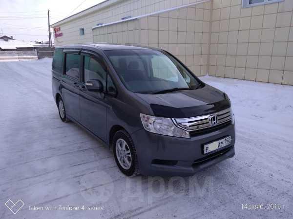 Honda Stepwgn, 2010 год, 829 000 руб.