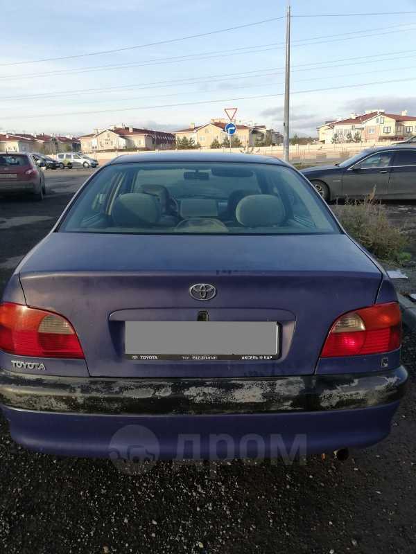 Toyota Avensis, 1998 год, 130 000 руб.