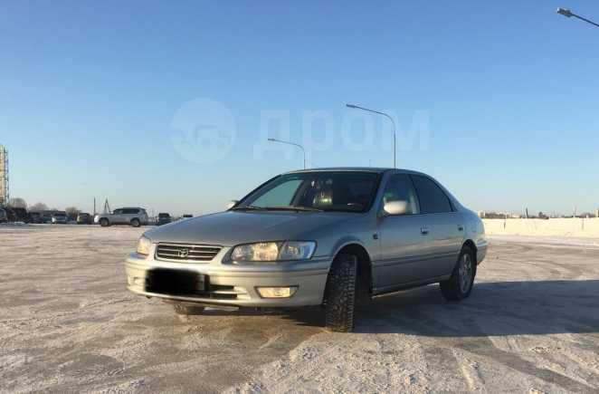 Toyota Camry, 2001 год, 375 000 руб.