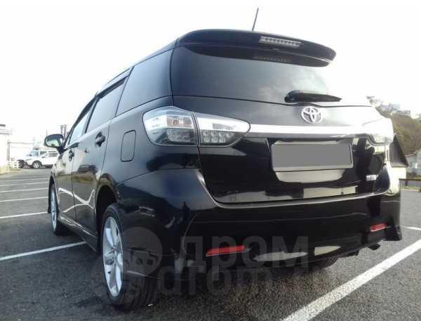 Toyota Wish, 2014 год, 850 000 руб.
