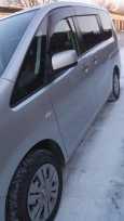 Nissan Serena, 2011 год, 650 000 руб.