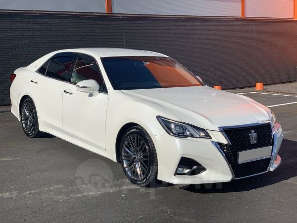 Toyota Crown, 2015 год, 2 135 888 руб.