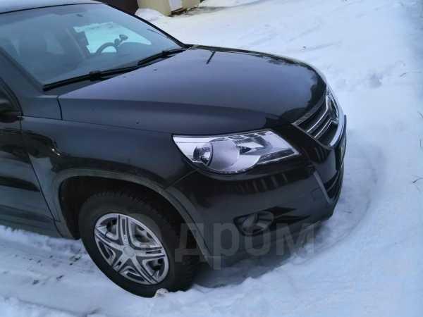 Volkswagen Tiguan, 2009 год, 545 000 руб.