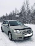 Toyota Avensis, 2004 год, 370 000 руб.