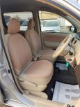Toyota Sienta, 2015 год, 695 000 руб.