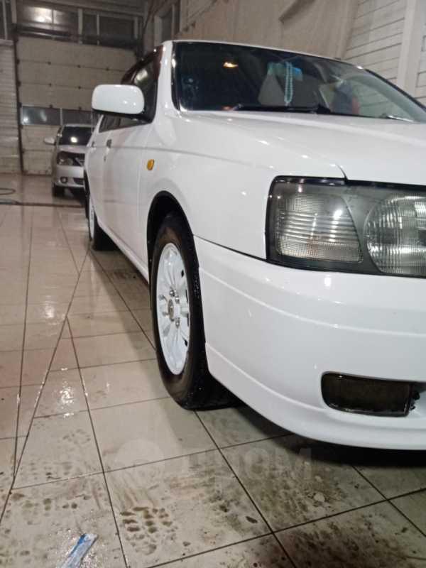 Nissan Bluebird, 2000 год, 250 000 руб.