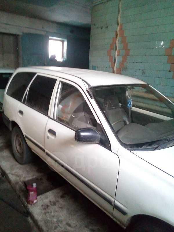 Nissan AD, 1996 год, 120 000 руб.