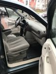 Chrysler Town&Country, 2005 год, 560 000 руб.