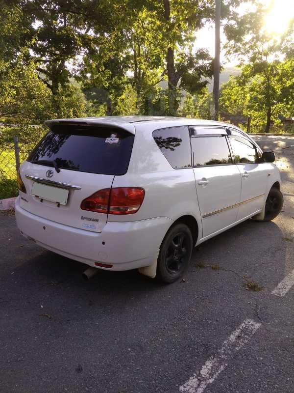 Toyota Ipsum, 2002 год, 425 000 руб.