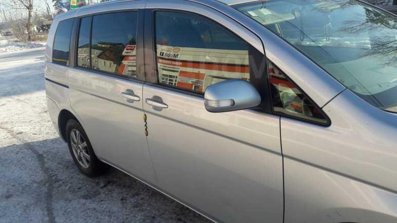 Toyota Isis, 2009 год, 600 000 руб.