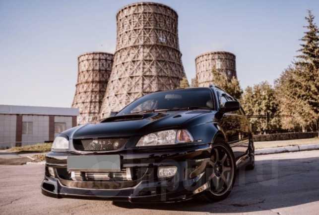 Toyota Caldina, 2002 год, 600 000 руб.
