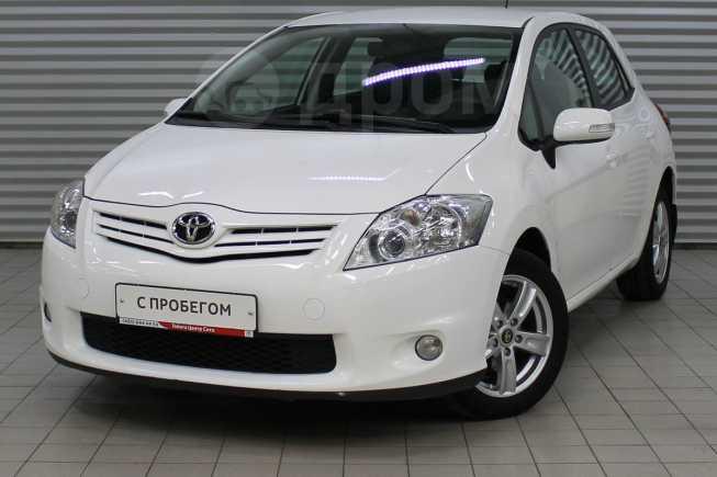 Toyota Auris, 2011 год, 540 000 руб.