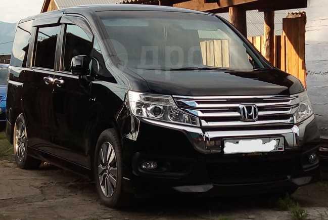 Honda Stepwgn, 2012 год, 1 100 000 руб.