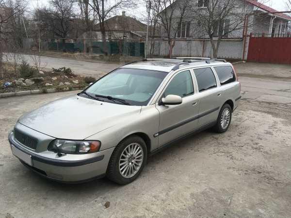 Volvo V70, 2001 год, 290 000 руб.