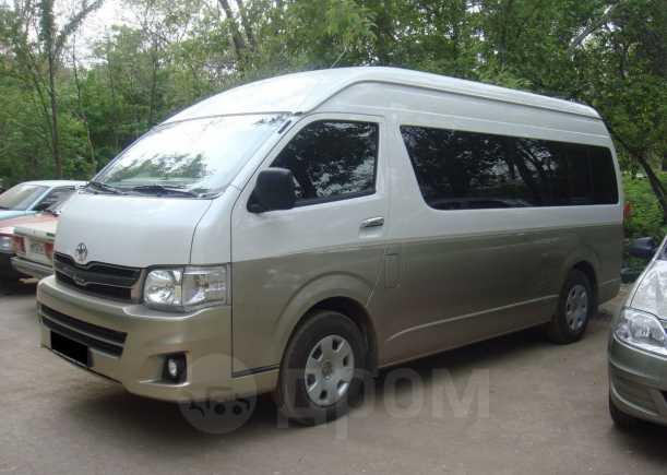 Toyota Hiace, 2012 год, 1 600 000 руб.