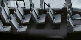 Южно-Сахалинск Toyota Hiace 2012