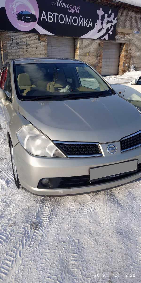 Nissan Tiida, 2004 год, 330 000 руб.