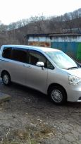 Toyota Noah, 2009 год, 790 000 руб.