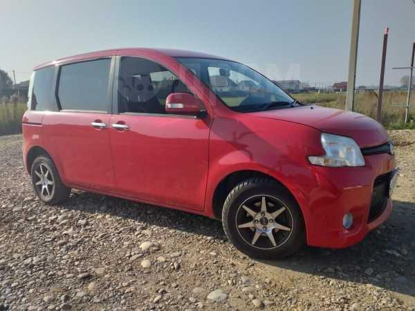 Toyota Sienta, 2011 год, 500 000 руб.
