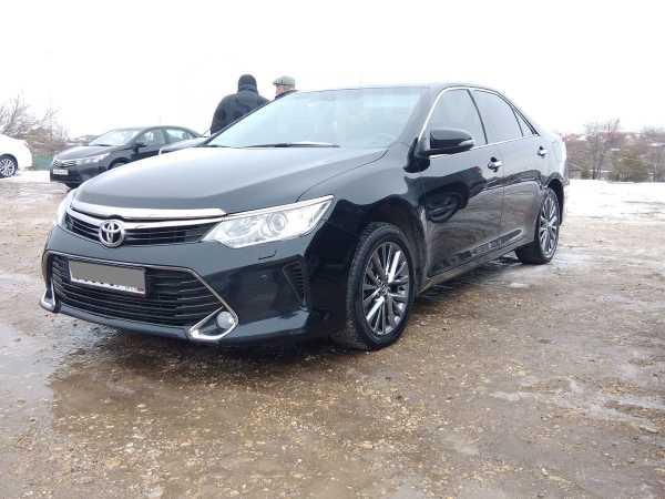 Toyota Camry, 2017 год, 1 430 000 руб.