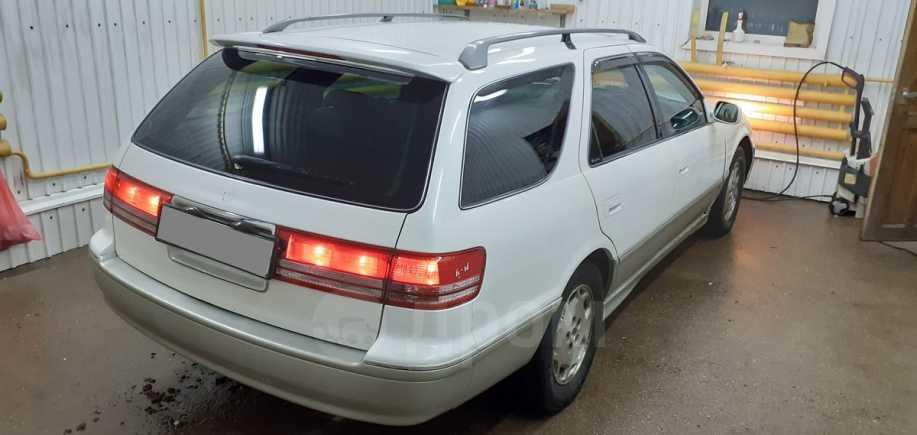 Toyota Mark II Wagon Qualis, 1988 год, 200 000 руб.
