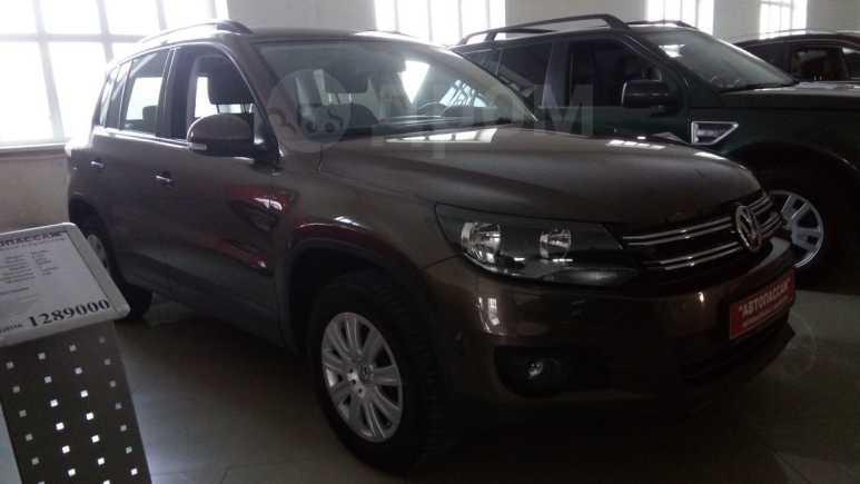 Volkswagen Tiguan, 2014 год, 811 000 руб.