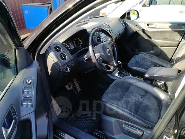 Volkswagen Tiguan, 2012 год, 805 000 руб.