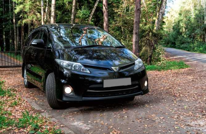 Toyota Estima, 2010 год, 1 025 000 руб.