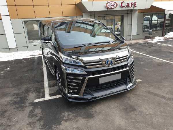 Toyota Vellfire, 2017 год, 3 000 000 руб.