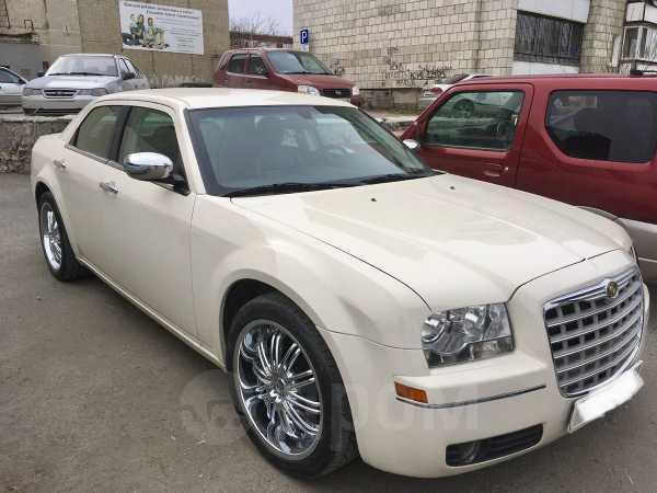 Chrysler 300C, 2010 год, 820 000 руб.