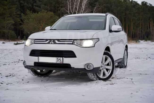 Mitsubishi Outlander, 2012 год, 940 000 руб.