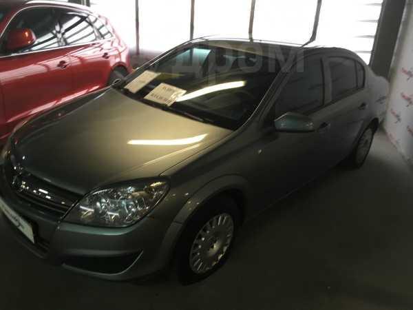 Opel Astra Family, 2012 год, 365 000 руб.