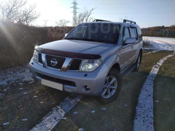 Nissan Pathfinder, 2006 год, 680 000 руб.