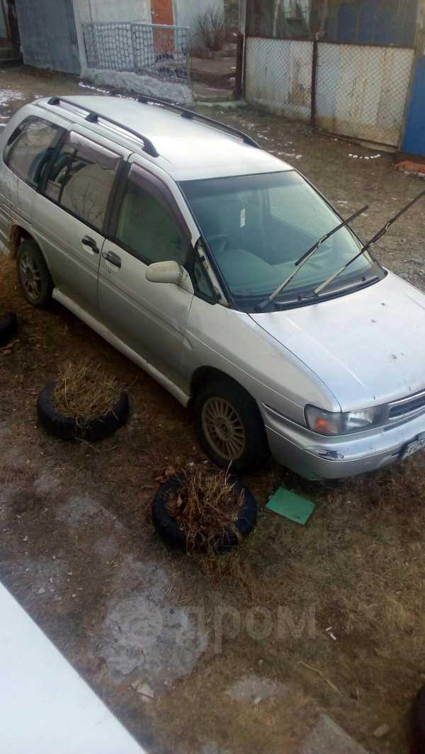 Nissan Prairie, 1992 год, 60 000 руб.