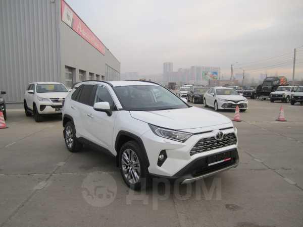Toyota RAV4, 2019 год, 2 687 000 руб.