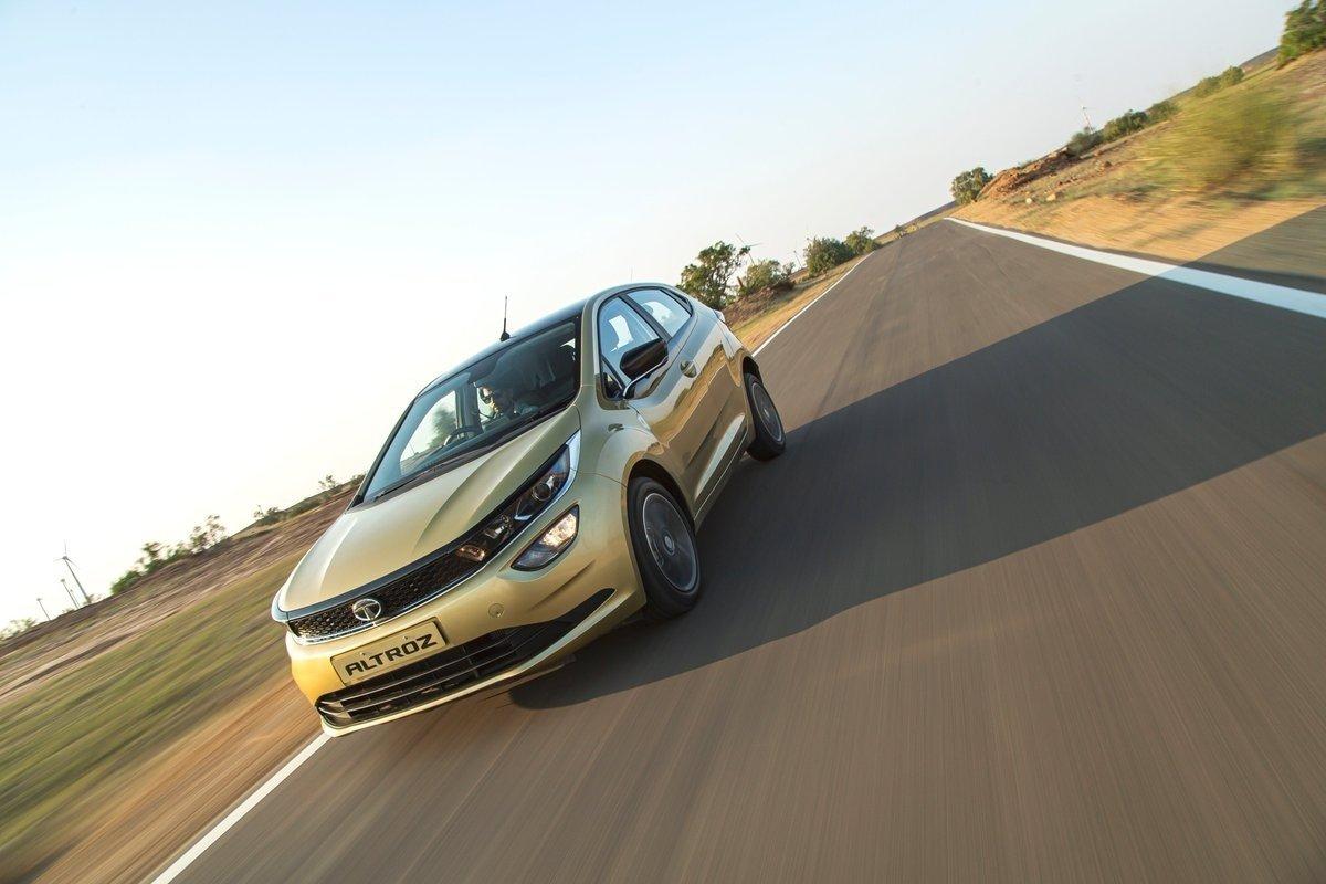 Индийская Tata выпустила стильный и недорогой хэтчбек размером с Ладу Гранту