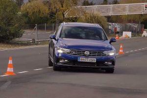 Volkswagen Passat провалил «лосиный тест». Лучше выступила даже Королла
