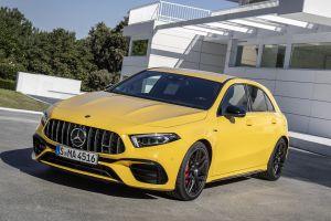 Mercedes-AMG A 45 и CLA 45 стали доступны в России. Цены — под 5 млн рублей