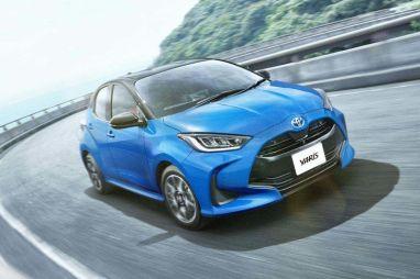 В Японии начались продажи новой Toyota Yaris