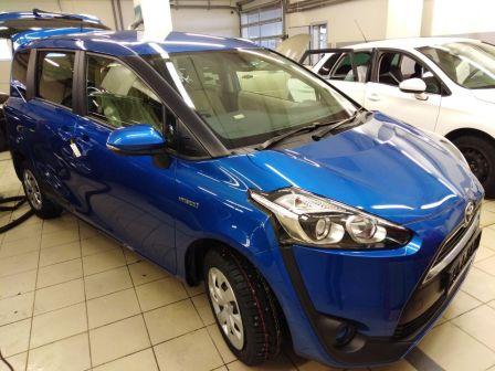 Toyota Sienta 2015 - отзыв владельца
